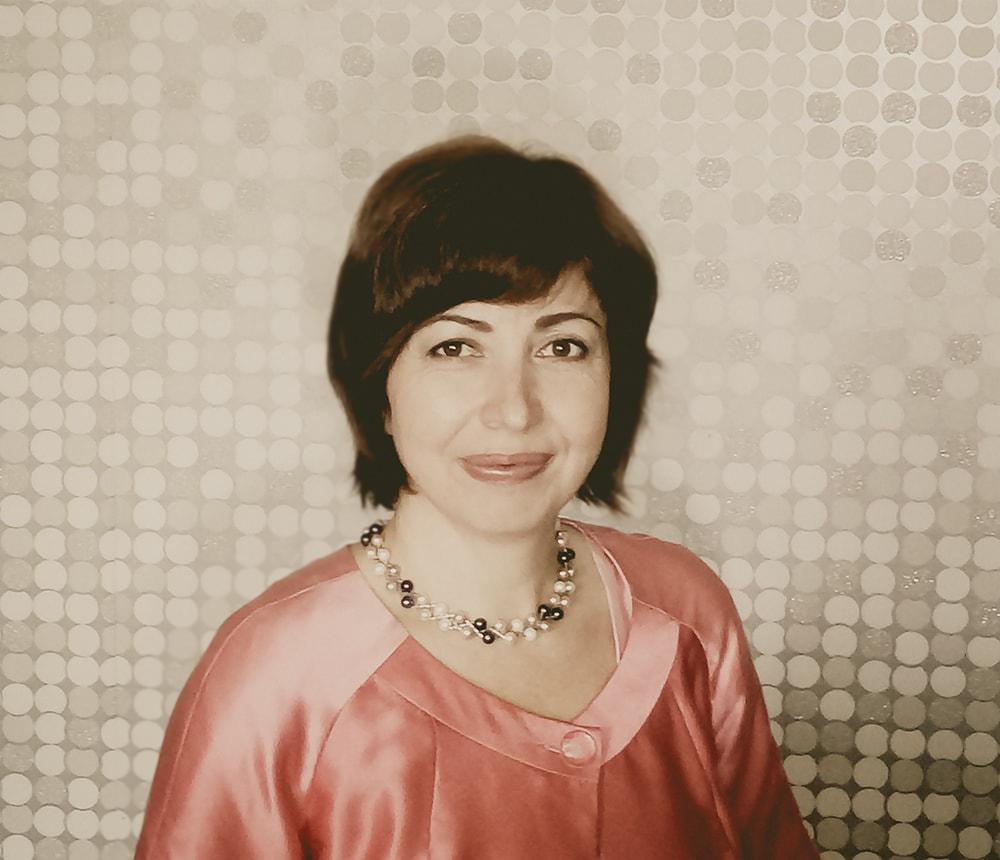 Кошлякова Наталья, автор и ведущая проектов: «ДАМАлогия», «Пространство Желаний», «Конструктор Успеха», «Погружение в историю рода», «Старт-ап на каблуках», «Коуч-сопровождения бизнес развития».
